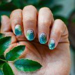 Покажи мастеру: 7 идей летнего маникюра на короткие ногти