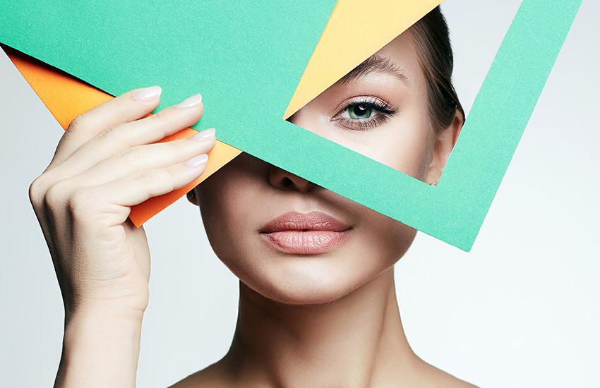 Антитренды в макияже: 5 бьюти-продуктов, о которых пора забыть